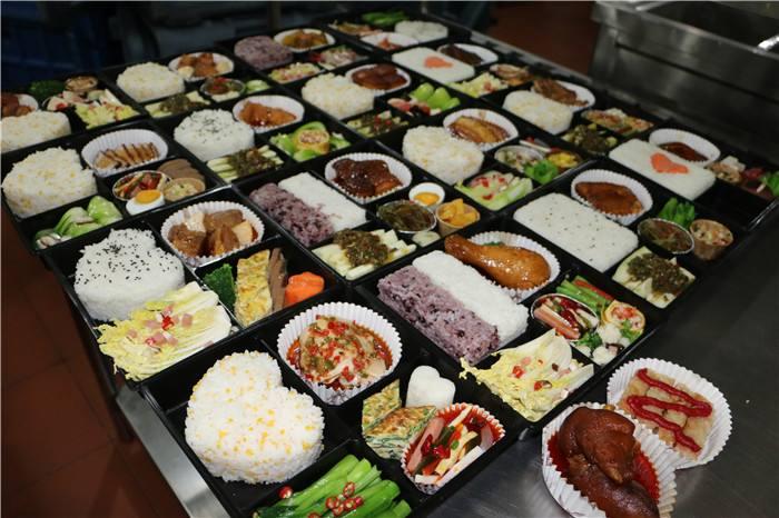 专业食堂承包服务于合肥,无锡,苏州